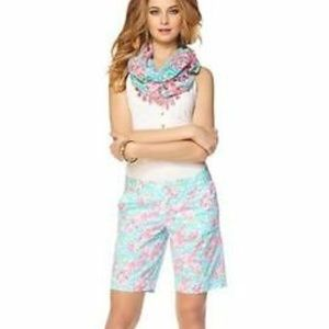 LILLY PULITZER CHIPPER SHORTS LOBSTER ROLL